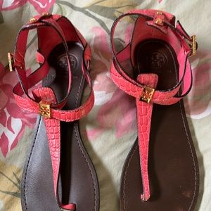 tory burch pink croc embossed sandals size 9